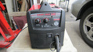 Lincoln Easy Mig 140 Mig Welder & Auto Dark Helmet