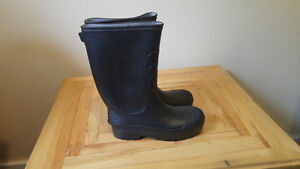 rubber boots never worn