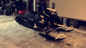 2015 Ski-doo Summit SP 146""