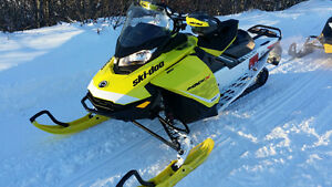 Snow is Here 2017 Ski-doo MXZX Gen4 850 Etec.