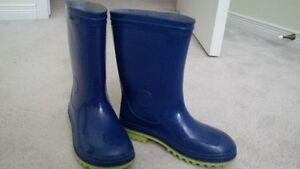 Boys Kamik Rain Boots - Size 13