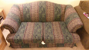 Comfortable, Clean 2 Seater Couch