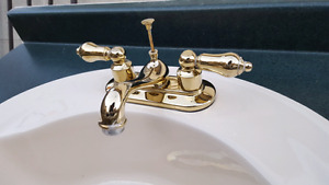 Bathroom Sink and Faucet(Golden)