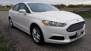 2014 Ford Fusion SE Sedan, 2.5L, AT, FULLY LOADED, CLEAN TITLE