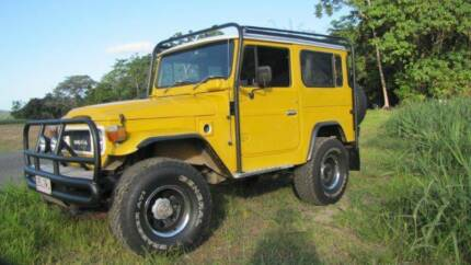 FJ40, Fiber Glass Body Port Douglas Cairns Surrounds Preview