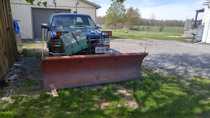 1995 Chev with heavy duty snow plow with rear chains runs good,f