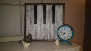Wooden Piano Sign