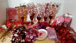 Valentine's decor - lots brand new in packaging