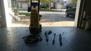 Selling 2k psi Pressure Washer