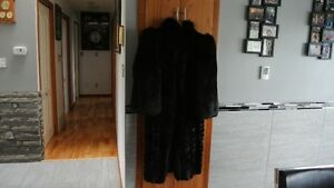 FUR MINK COAT FULL LENGTH Prince George British Columbia image 4