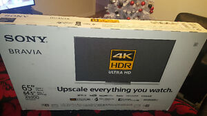 Selling 65inch 4k sony tv brand new never been opened