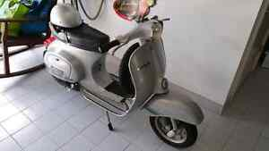 Vespa authentic 1976 125cc