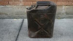 vintage metal gas can jeep army