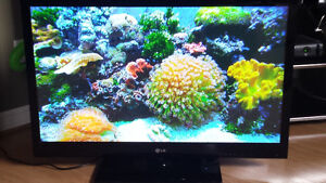 "LG 42"" 42PJ550 PLASMA FLAT PANEL TV 1080i/1080p/720p"