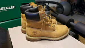 Mens Timberland boots 7.5