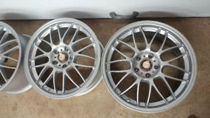 """Volk Racing se37a 18"""" 5x114.3 staggered"""