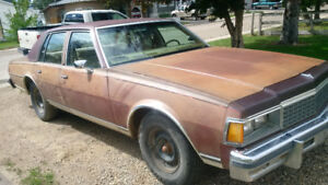 350 Chevy motor in a Chevy Caprice Classic 1978. Runs great.