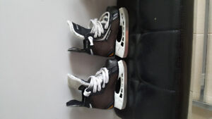 Youth skates size 9 for sale