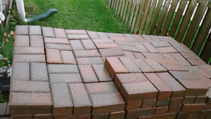 Range red and grey cobble bricks