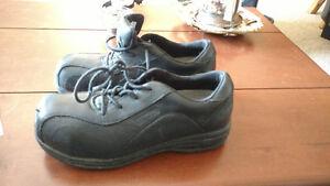 Ladies work shoes