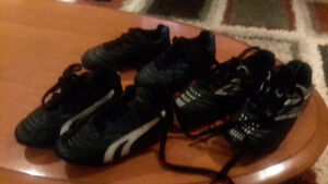 3 pairs of kids soccer shoes sizes 9 , 10 and 11