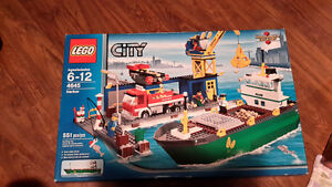 Lego Harbor set 4645 Sealed MIB Edmonton Edmonton Area image 1