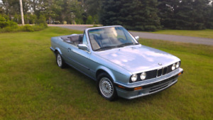 1991 BMW E30, 318is Convertible.