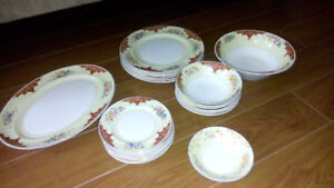 23 pc. SET of PAREEK JOHNSON BROS DISHES