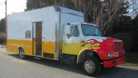 INTERNATIONAL 4700.TOOL TRUCK/ TOY HAULER/WORK SHOP