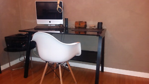 Saw horse style computer desk