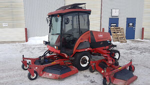 2005 Toro 580D Wide Area Rotary Mower - Cab, A/C, Heat, 4WD