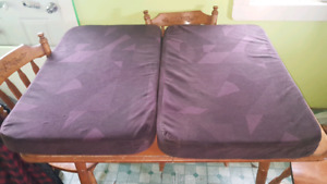 volvo 670 lower bunk/dinette cushions