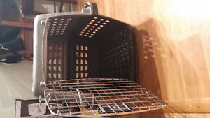 Medium sized dog airline crate/carrier