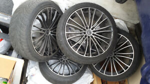 Set of 4 tires with rims 225/40R18