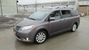 2011 Toyota Sienna XLE, Leather, roof, DVD, 3/Y warranty availab