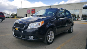 Low km 2010 automatic chevy aveo great on gas $5500