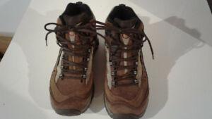 Bottes de randonnée Merrell pour femmes