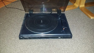 Kenwood turntable  no needle Windsor Region Ontario image 1