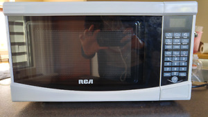 Microwave RCA  - few months old