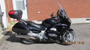 Honda ST1300 - ABS - 2006 -immaculate condition