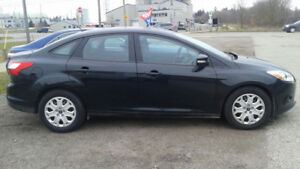 2013 Ford Focus SE Sedan.  Automatic and only 49000 kms!
