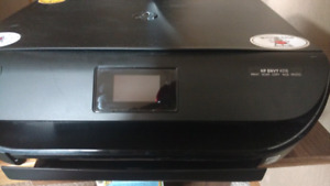 HP Envy 4516 wireless only used once great condition need gone