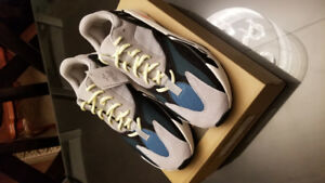 YEEZY BOOST 700 SIZE 11.5. MUST GO TODAY!