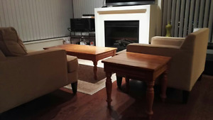Antiue coffee table with two matching end tables