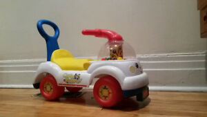 Fisher Price Corn Popper riding  and push toy