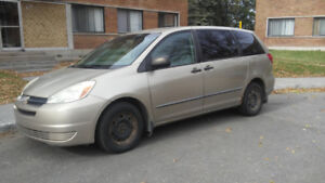 Toyota Sienna 2004, 8 places