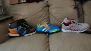 3 pairs of shoes selling cheap
