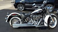 2006 HARLEY-DAVIDSON DELUXE W/ TONS OF CROME