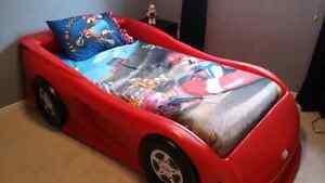 Bed - Twin Little Tykes Race Car