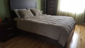 Bedframe Queen Size (used)